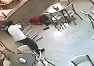 Violento Asalto a una Cafeteria