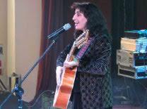 Eleni z gitarą