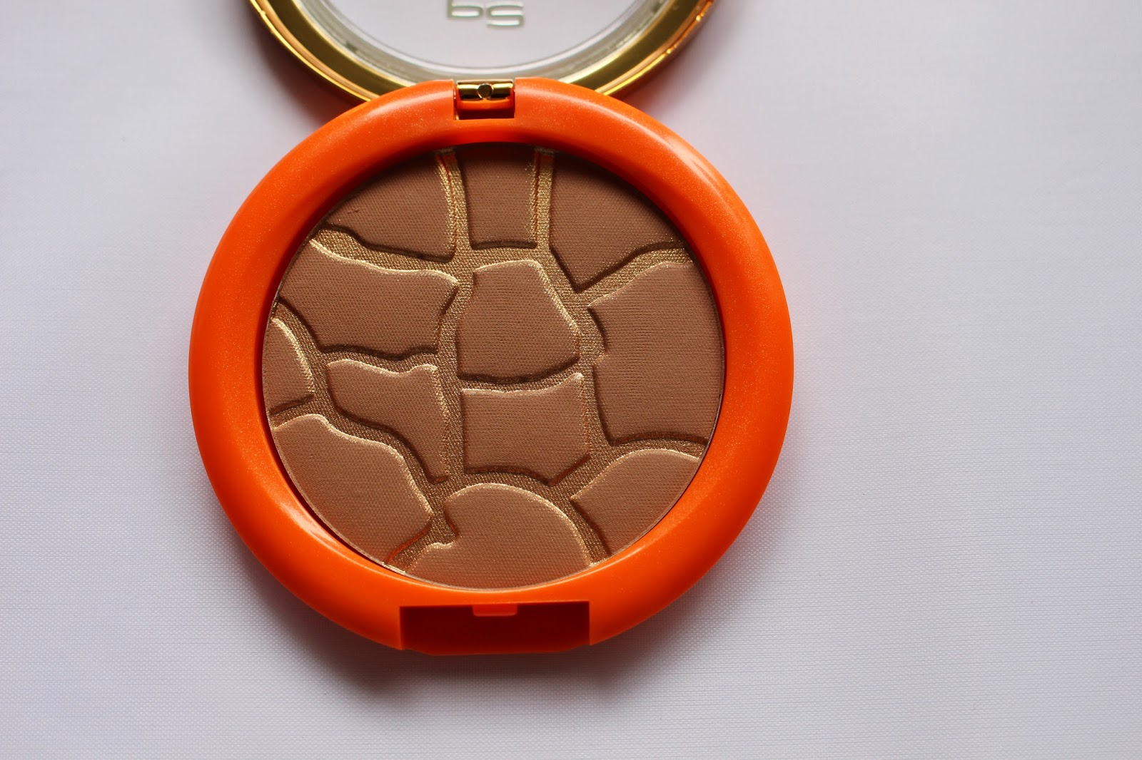 "P2 ""Beauty goes Safari"" LE Bronzer"