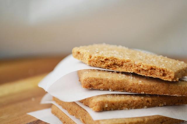 Petite Panettiere: Gluten Free Nut Free Vegan Graham Crackers