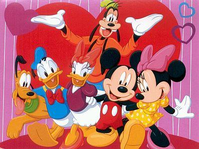 Imagen de Mickey Mouse, Minnie, Donald y Goofy, con gorros navideños