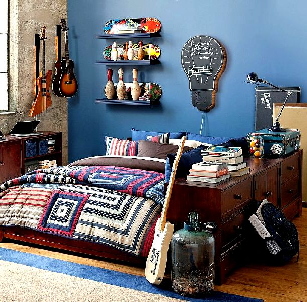 Roses and rust bedrooms for boys for Funky boys bedroom ideas