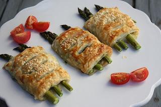 http://lizasmatverden.blogspot.no/2012/05/asparges-i-butterdeg.html