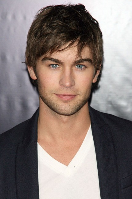 The 31-year old son of father Chris Crawford and mother Dana Crawford Plott, 183 cm tall Chace Crawford in 2017 photo