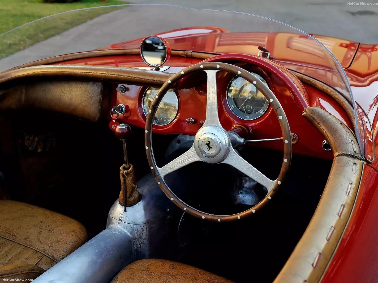 Hình ảnh siêu xe Ferrari 212 Export Coupe Vignale 1951 & nội ngoại thất