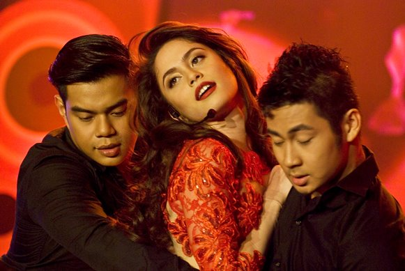 Jessy Mendiola hot as Maria Mercedes; Recorded own soap theme song