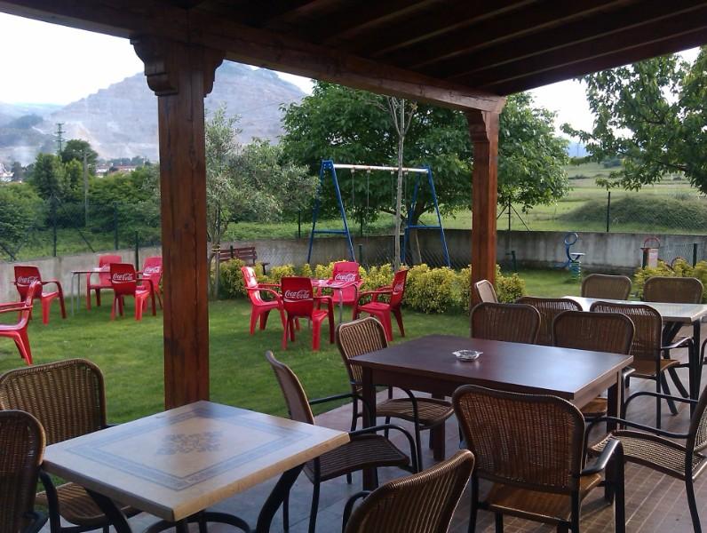 Casa luc a mio o for Restaurante casa jardin