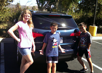 Bonggamom and kids test drive the Kia Sorento