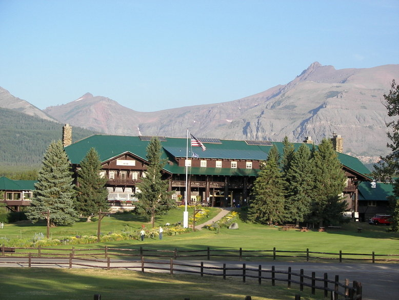 Lodging In Glacier National Park The Life Of Mountain Pie