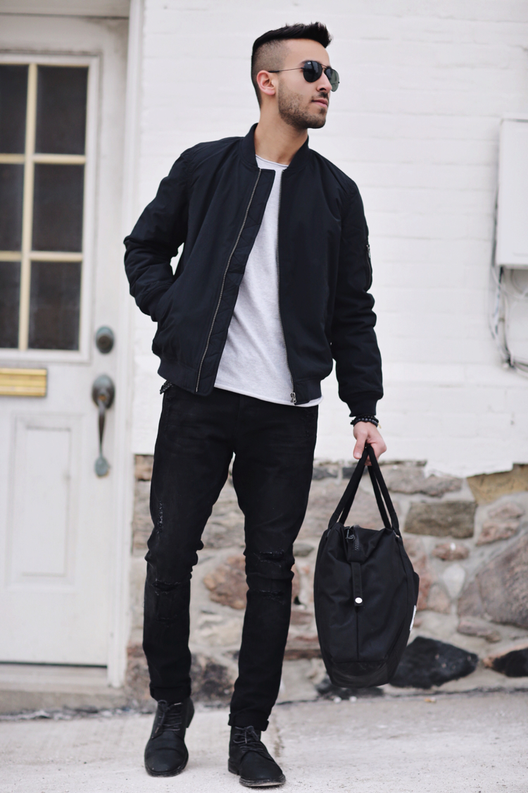 THE BOMBER JACKET - THE NEAT FIT