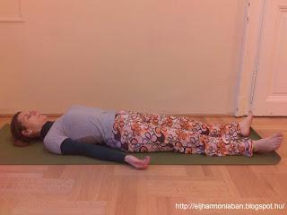stressz, stresszoldás, stresszkezelés, hullapóz, shavászana, savászana, stresszoldó jóga