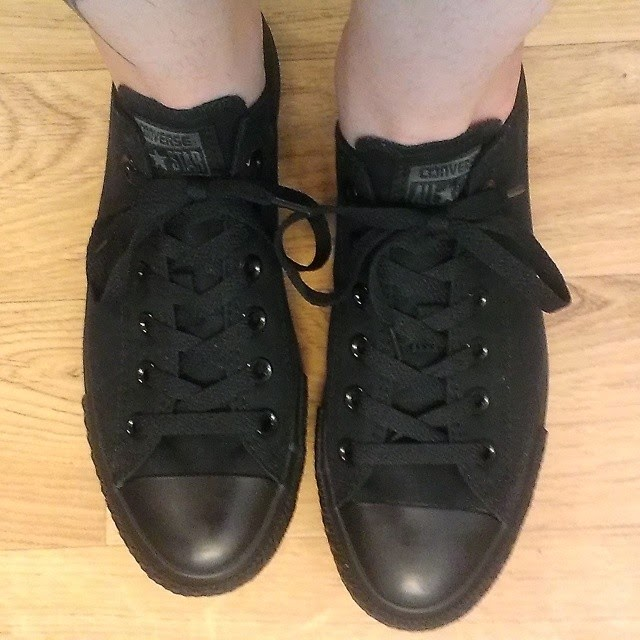 converse black low rise sneakers chuck taylor