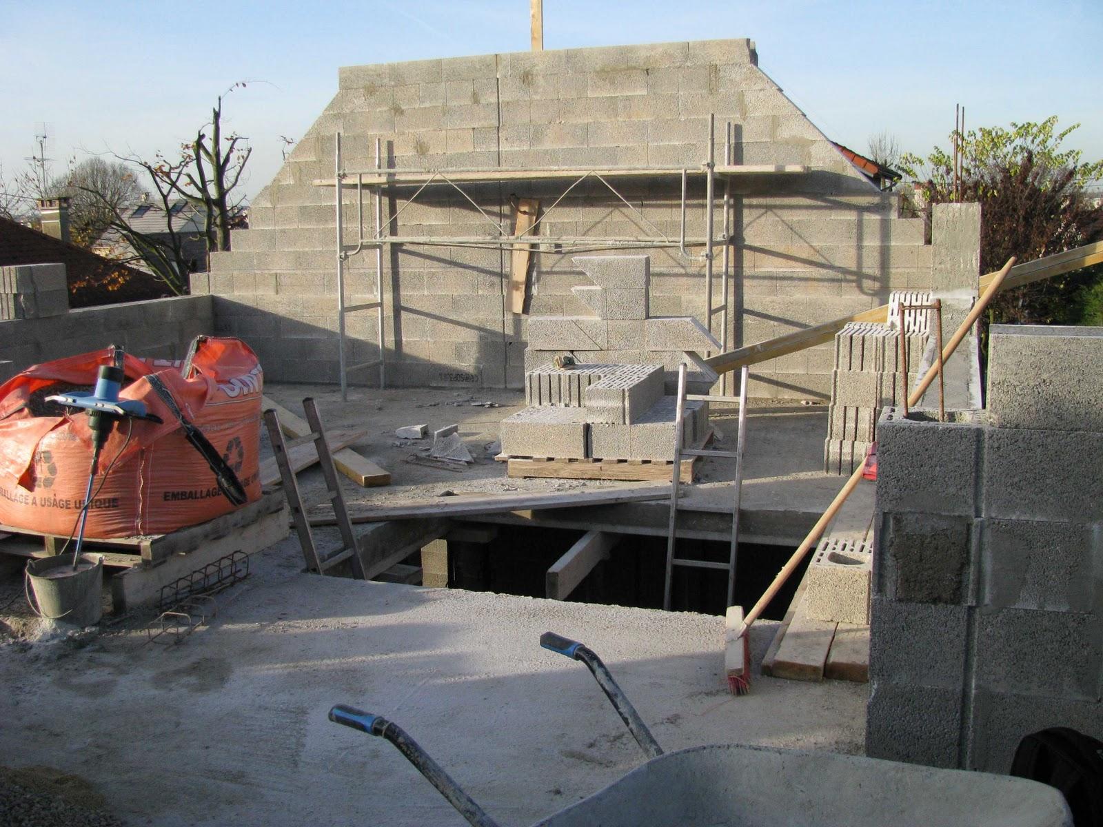 Je fais construire ma maison pignons et encuvements 3 4 for Construire ma maison