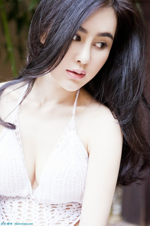 Bottom soft white mold Lee Yoko Wet seduce