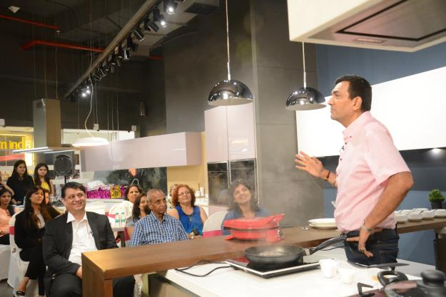 Check Out Sanjeev Kapoor at Sleek Kitchens! | How to Maintain ...