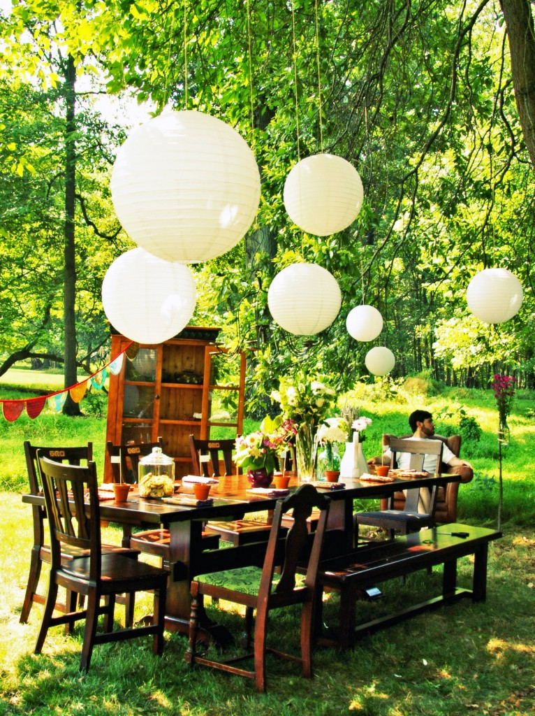 Spring Has Sprung! Ideas For Decorating Outdoor Events