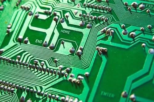 Nuovi regali dalle nanotecnologie: telefonini e tv pieghevoli