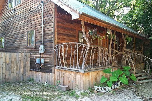 Casa rancho en Estados Unidos rescatada del abandono con tareas artesanales y materiales desechables