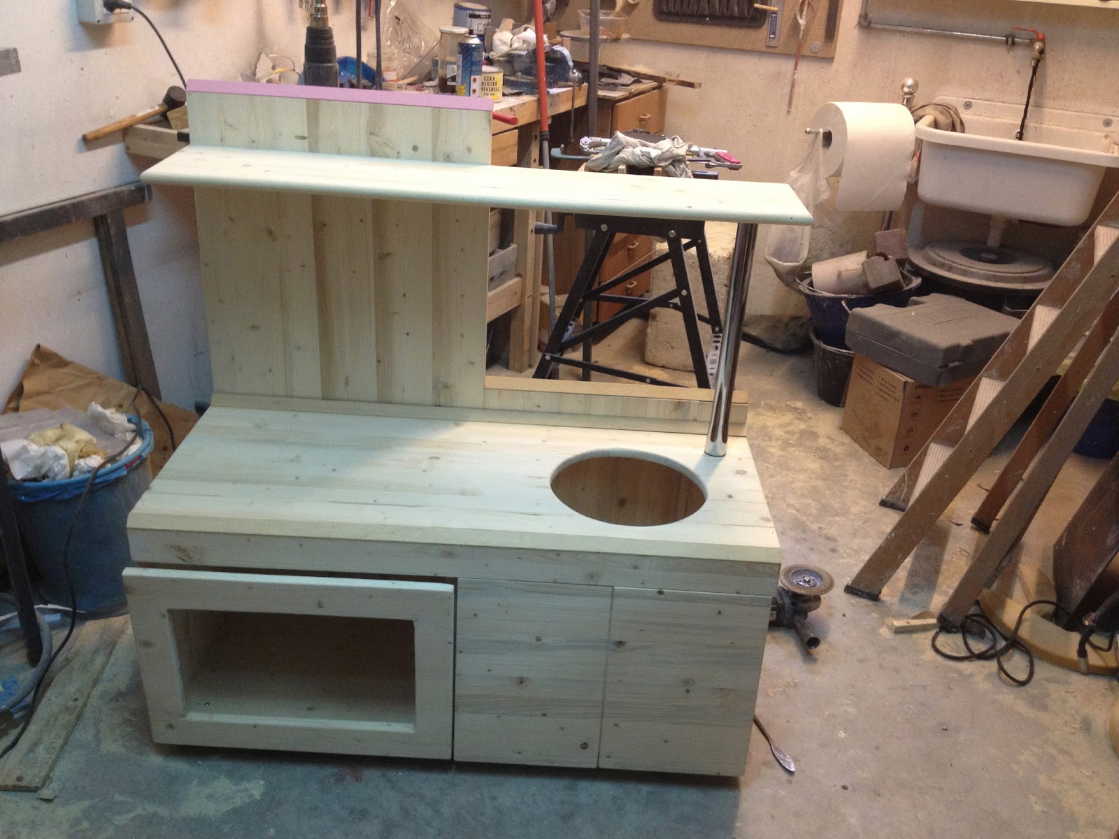 Mammarum come costruire una cucina per bambini di legno - Costruire mobili in cartone ...