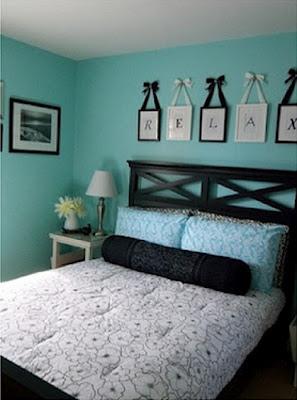 Dormitorios en turquesa y negro dormitorios con estilo for Cuarto azul con gris