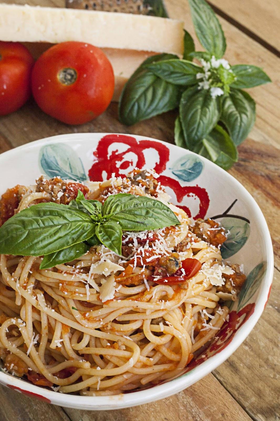 Italian+sausage+spaghetti.jpg