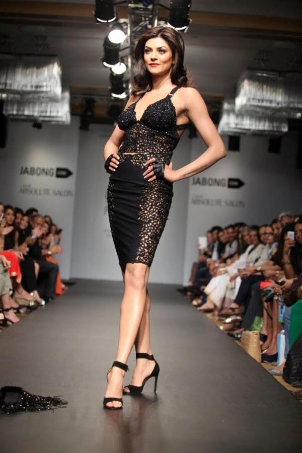 Sushmita Sen at Lakme Fashion Week Summer/Resort 2014
