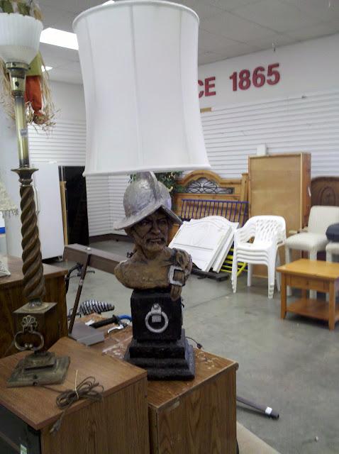 Cabrillo lamp