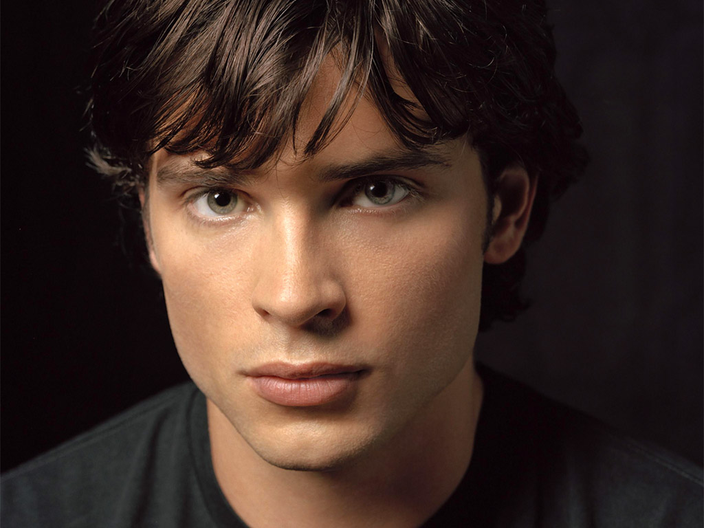 Tom Welling Para As F  S De Smallville   Fotos Do Superboy Pra Delirar