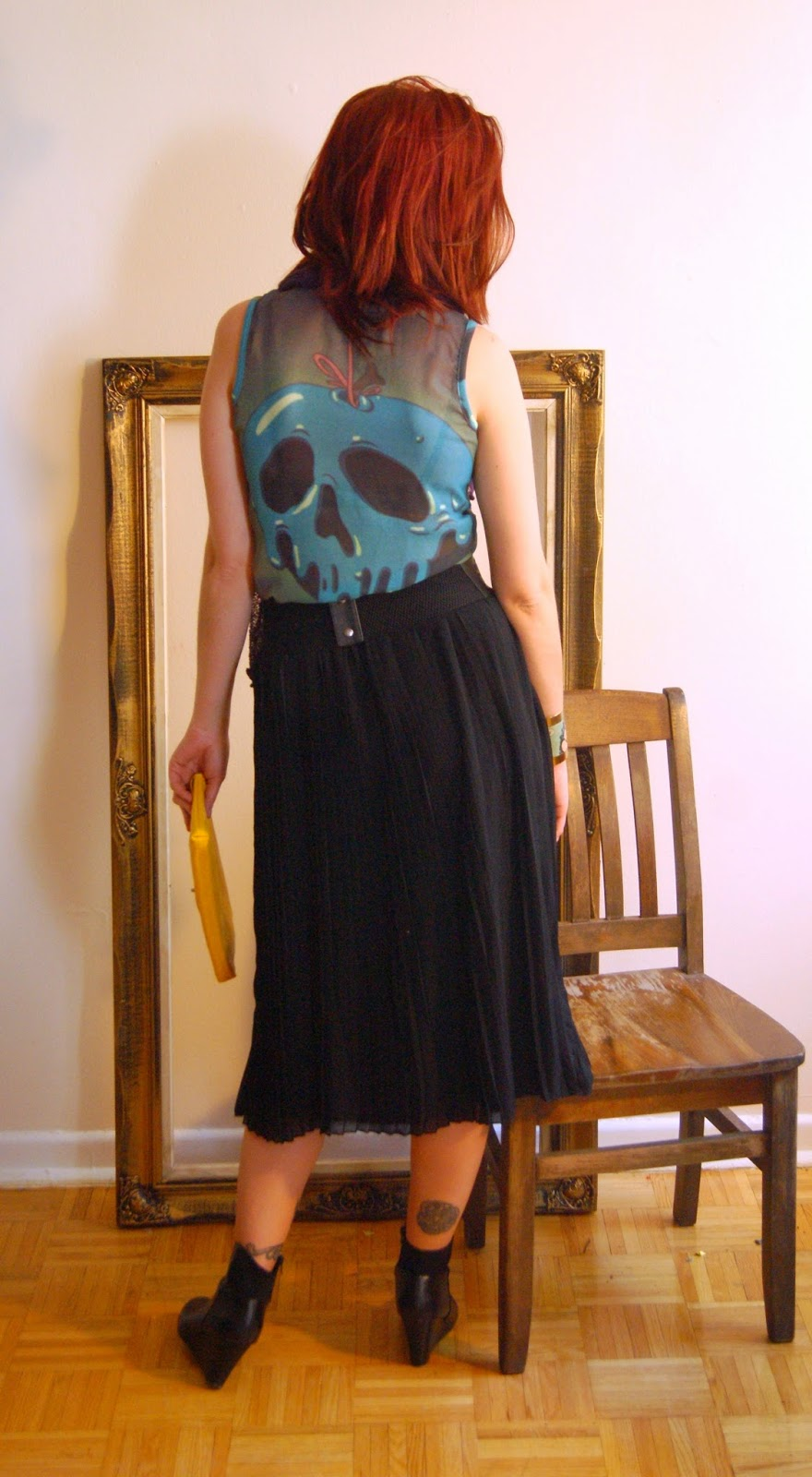 Endless Style Options!: Black Pleated Skirt from H&M, Belt and Top from Hot Topic Fashion Style, Melanie.Ps, Blogger, The Purple Scarf Toronto