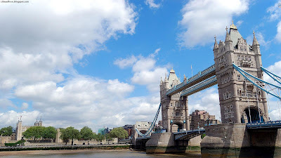 London Tower Bridge Beautiful And Impressive Blue Sky England Hd Desktop Wallpaper