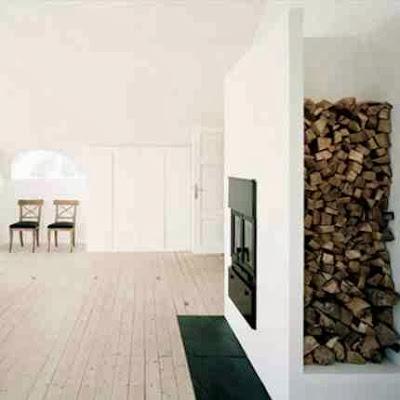 Pomysł na przechowywanie drewna kominkowego we wnętrzach