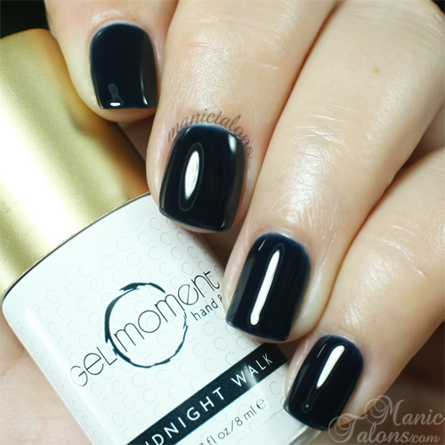 GelMoment Midnight Walk Swatch