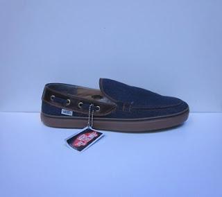 Sepatu Vans Zapato Slop