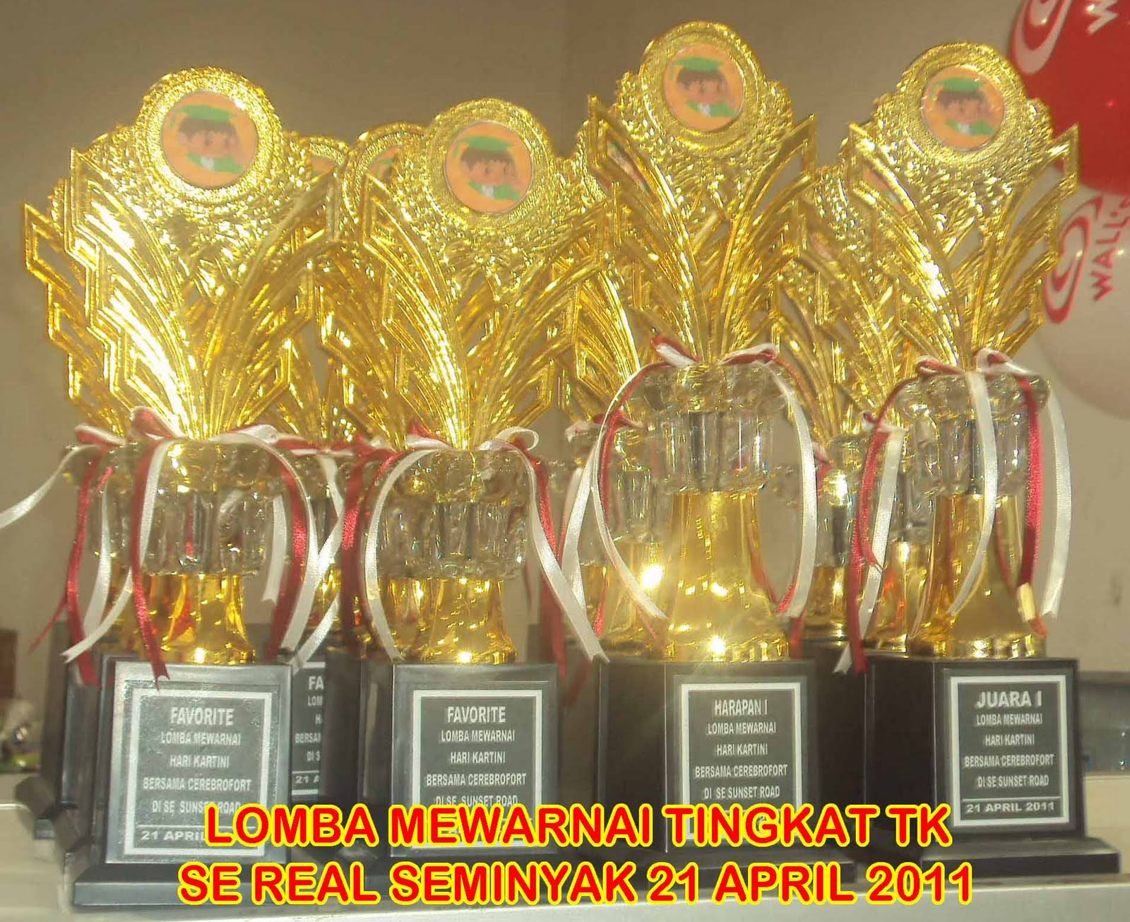 LOMBA MEWARNAI DI SUNSET POINT TGL 21 APRIL 2011