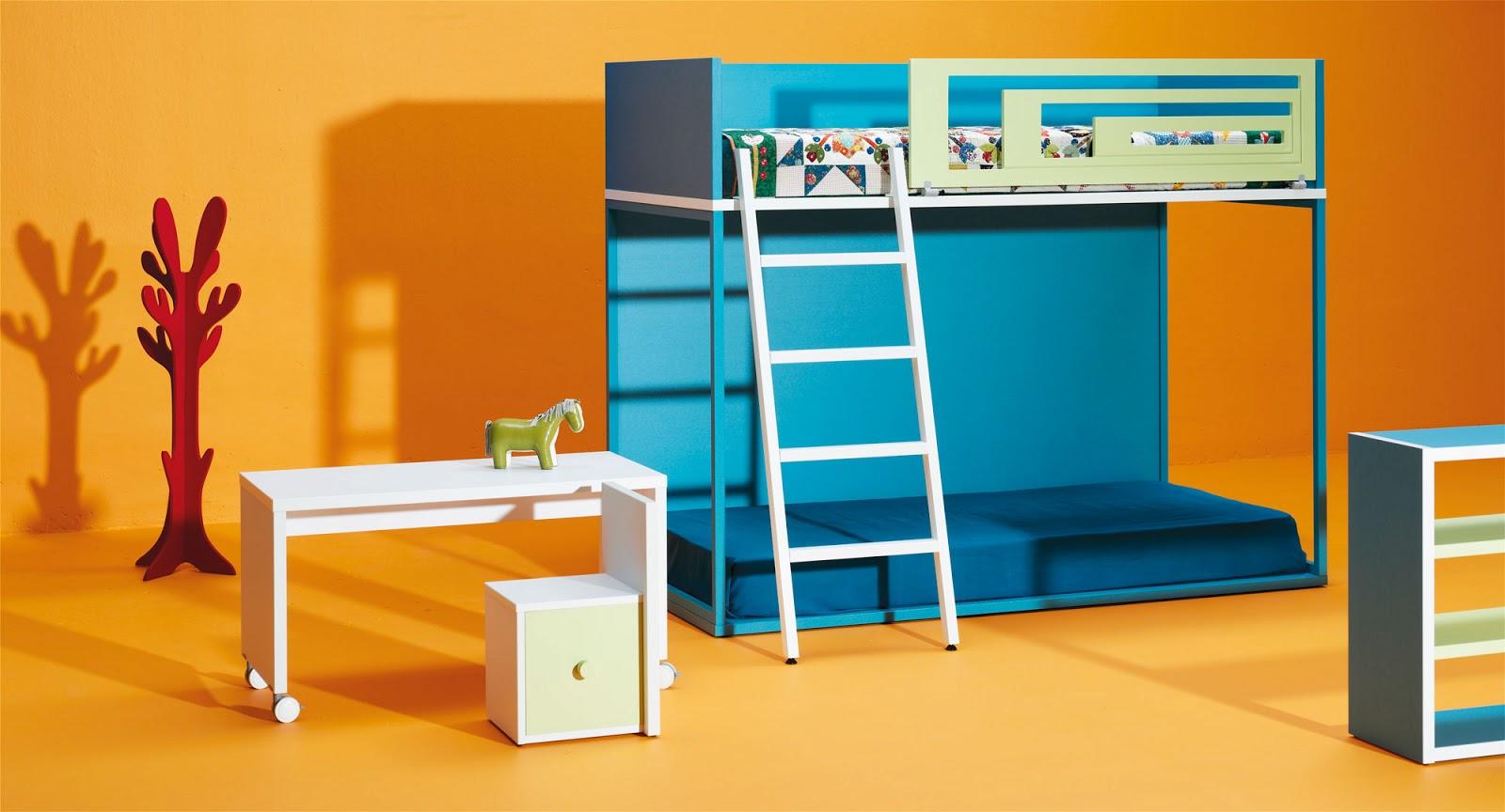 Cama individual y palacio de juegos for Habitaciones para ninas con literas