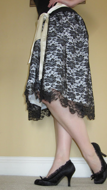 contrasting lace skirt tutorial