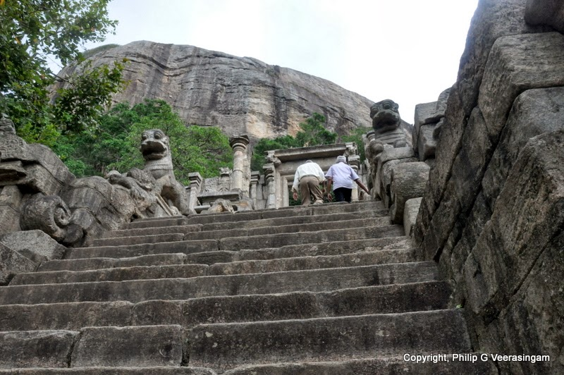 Images of sri lanka on spot stone carvings the