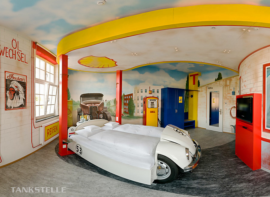 50 ideas for car themed boys rooms design dazzle for Boy car bedroom ideas