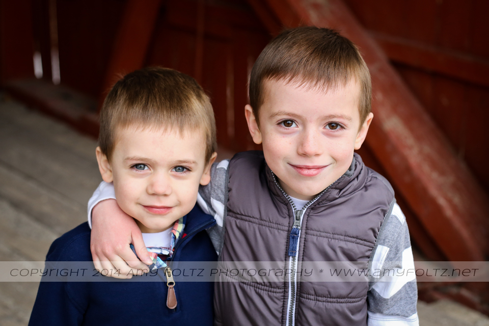 family photo session at Fowler Park in Terre Haute