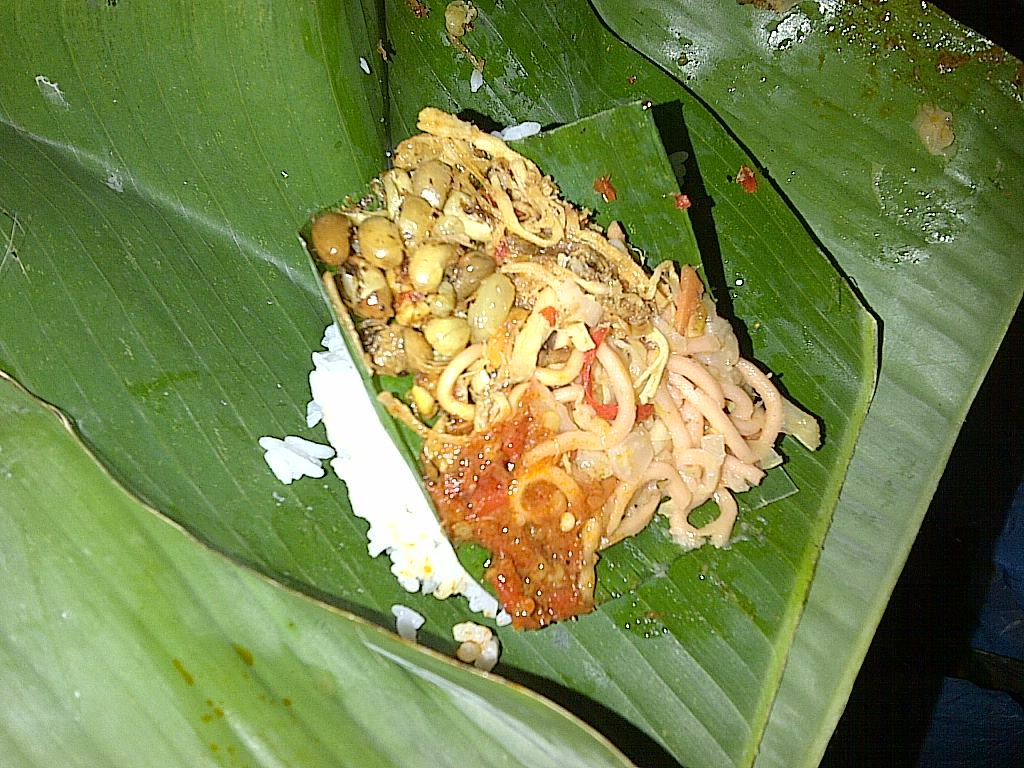 Nasi Jinggo, Kuliner Murah Meriah Khas Bali   Pariwisata