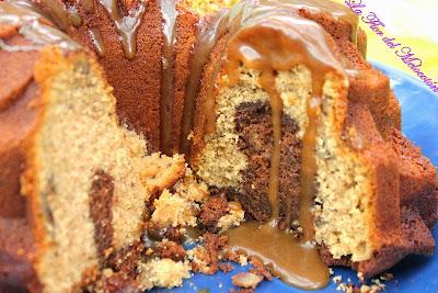 Bundt cake marmolado de café y nueces