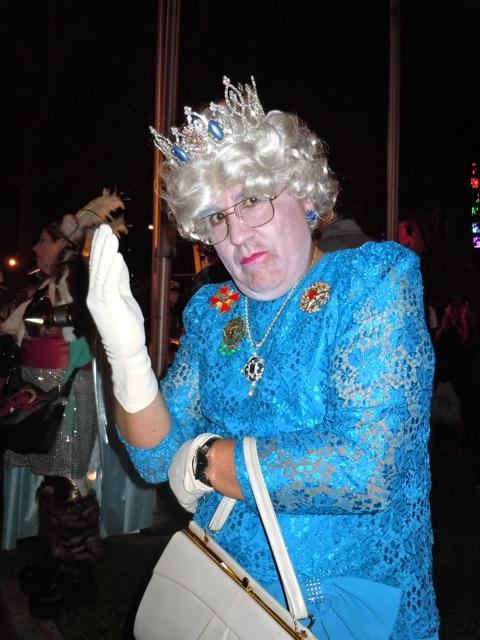 Queen costume WEHO Halloween Carnaval
