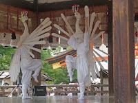 鷺踊りは寛政年間、津和野藩に伝習していた。