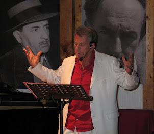 Il M° Alessandro Quasimodo declama la poesia di Fulvia Marconi
