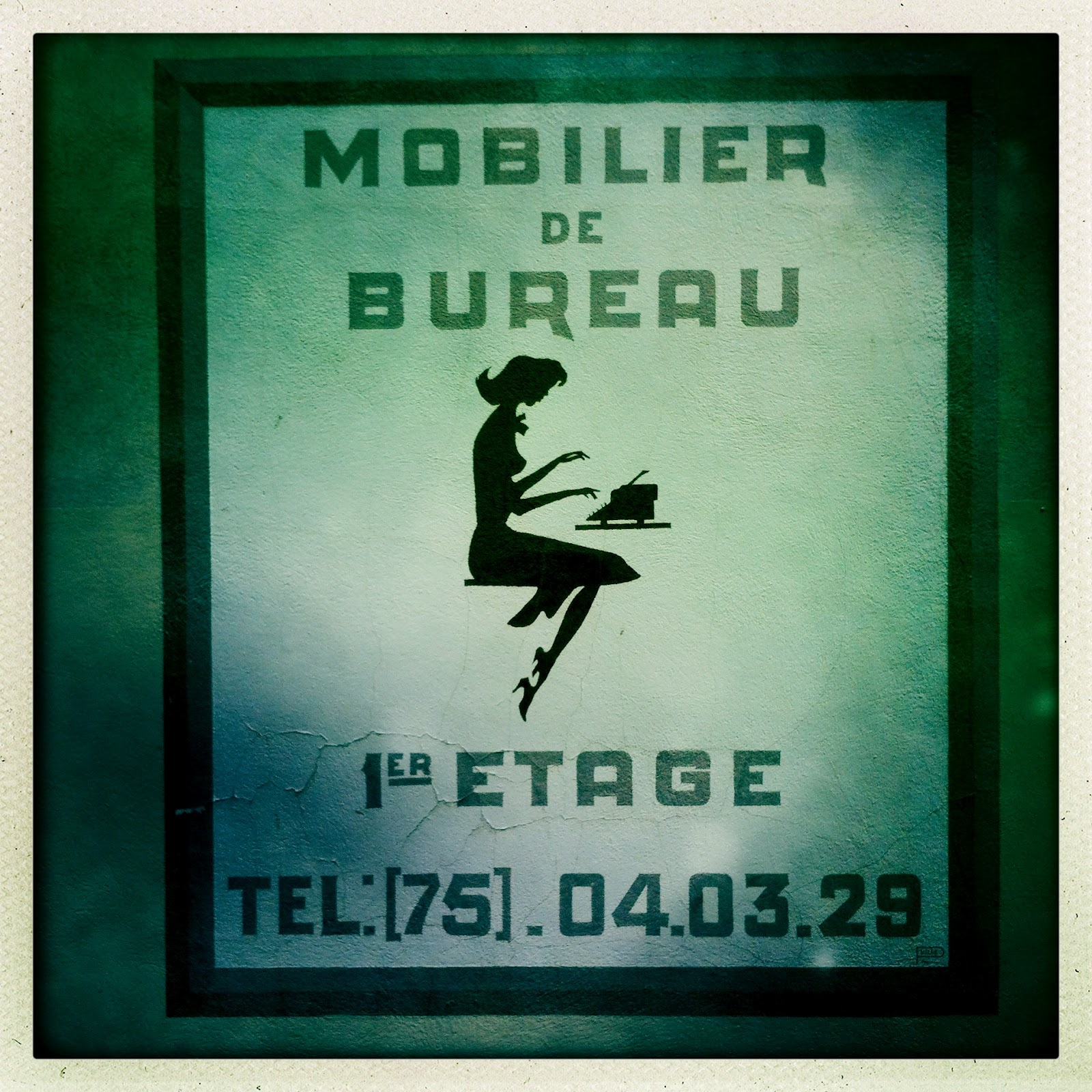 Mobilier de bureau my provence and other iphone photos - Mobilier de bureau ...