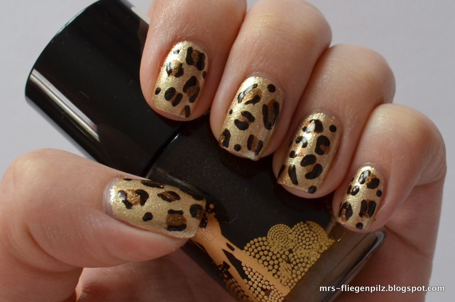 elblack nageldesign leopard nails. Black Bedroom Furniture Sets. Home Design Ideas