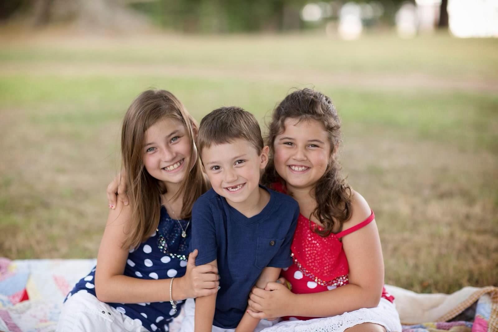 2013- MacKenzie, Hayes & Brianna