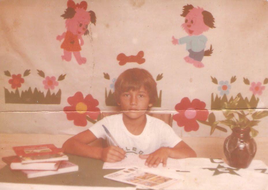 Oito anos de idade e essa vontade de escrever