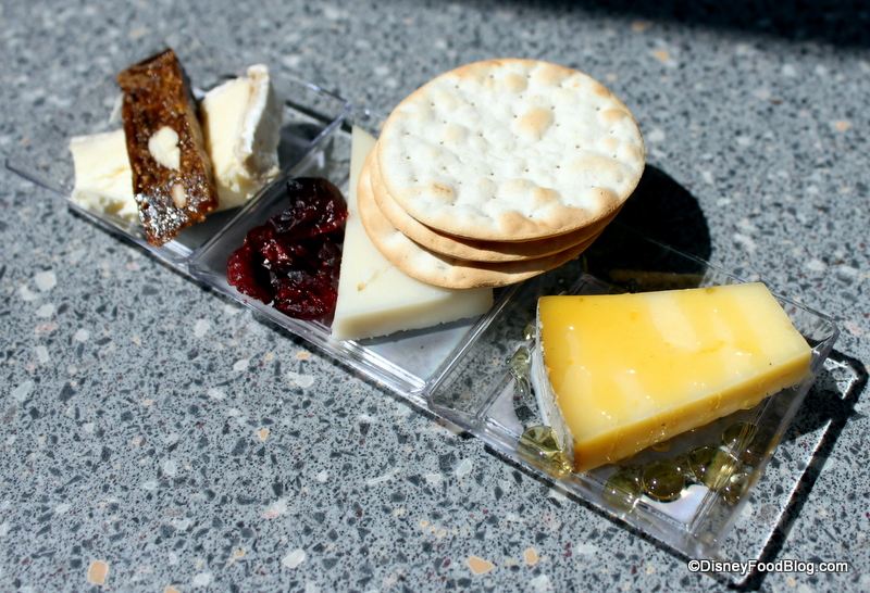 Cheese+Booth+Trio+-+Beecher's+Flagship+Reserve+Cheddar,+La+Bonne+Vie ...