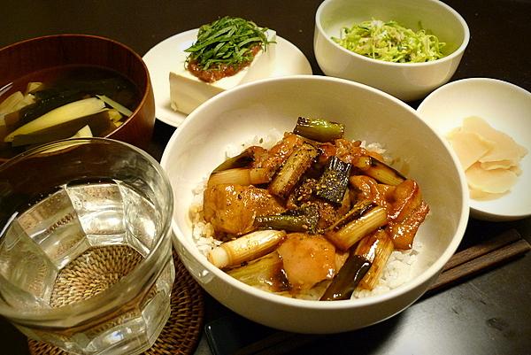 昨日の晩酌 焼き鳥丼 若竹汁